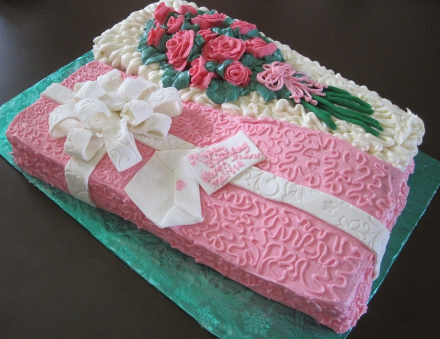 Boxed Just For You - A Dozen Roses on Cake Central