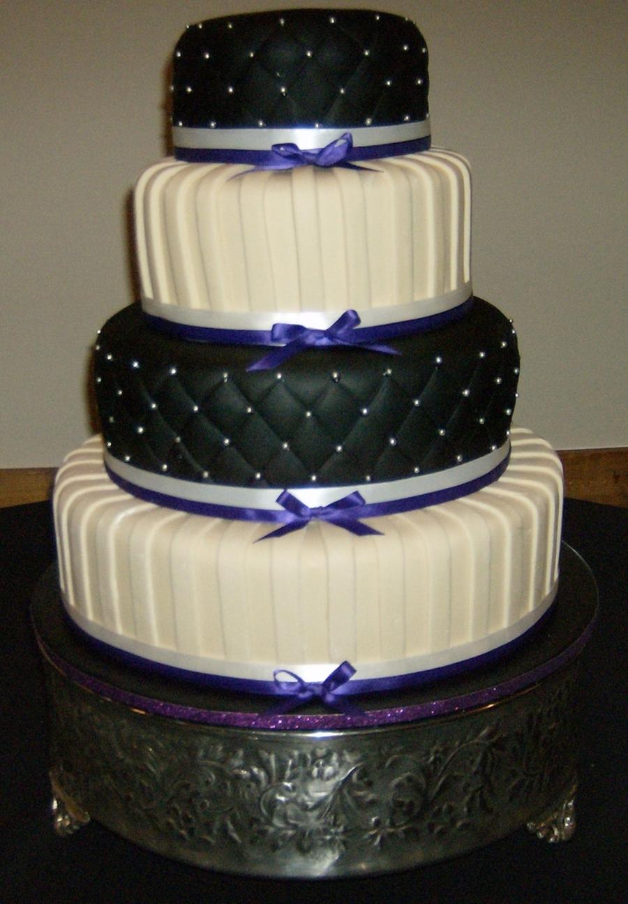 Black And Ivory Wedding Cake Cakecentral Com