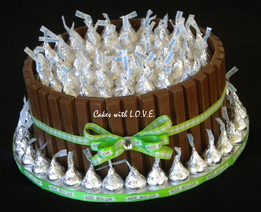 Kit Kat Cake With Kisses Cakecentral Com