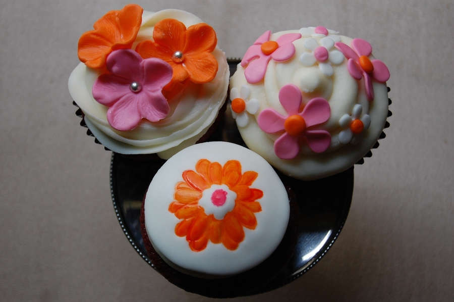 Springtime Pink And Orange Flower Cupcakes on Cake Central