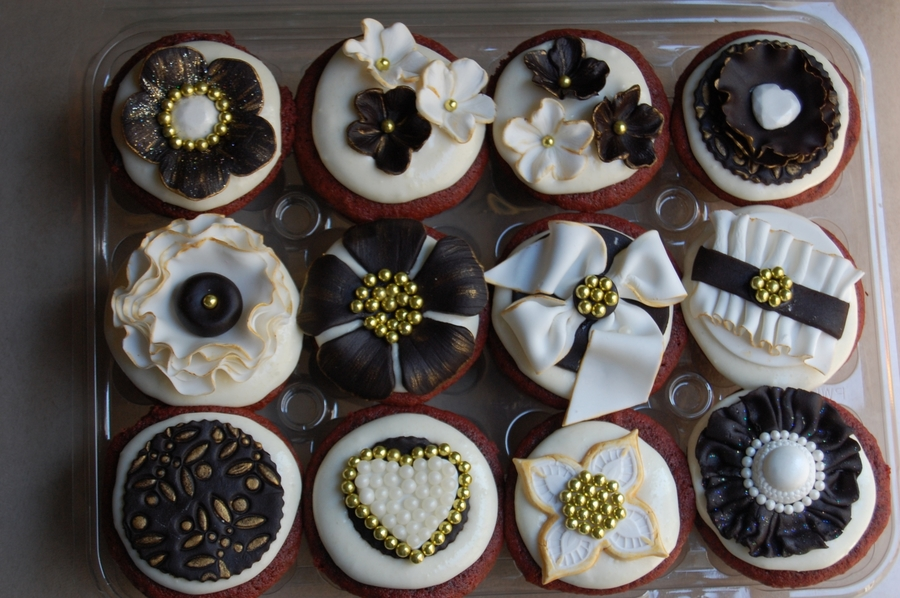 Black/white And Gold Themed Cupcakes on Cake Central