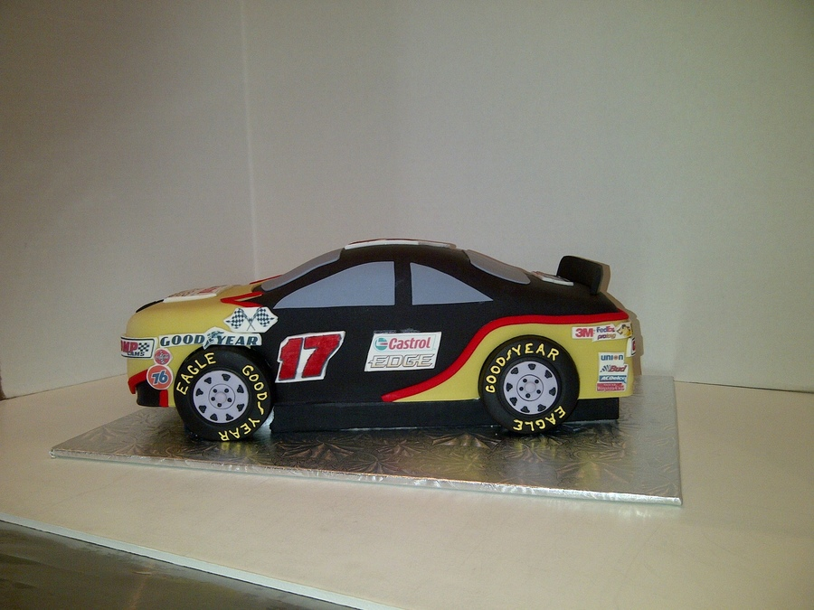 Grooms Race Car Cake on Cake Central
