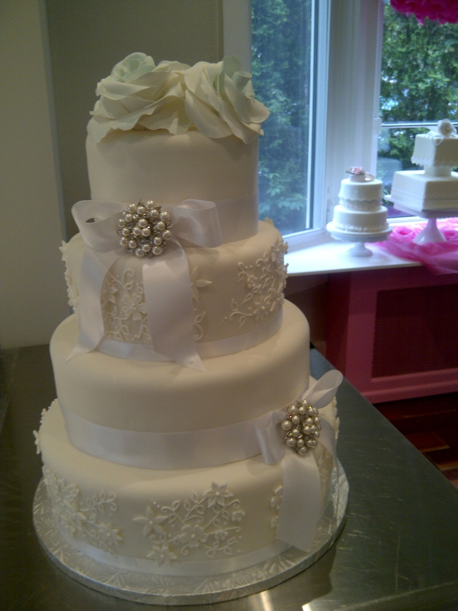 Beautiful White On White For A Lovely Young Couple They Were So Fun To Work With on Cake Central