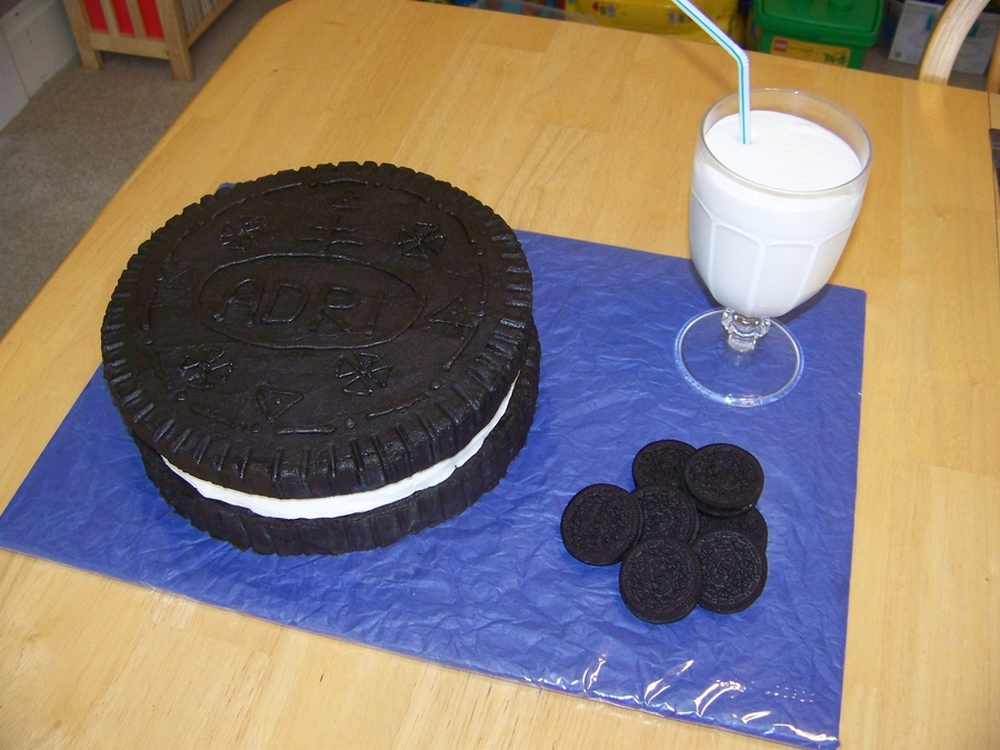 Oreo Cookie  on Cake Central