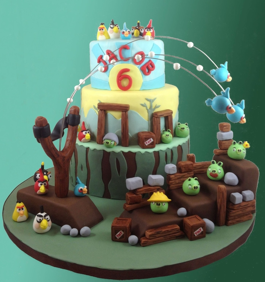 Pictures Of Angry Birds Birthday Cakes : Angry Birds Birthday Cake - CakeCentral.com