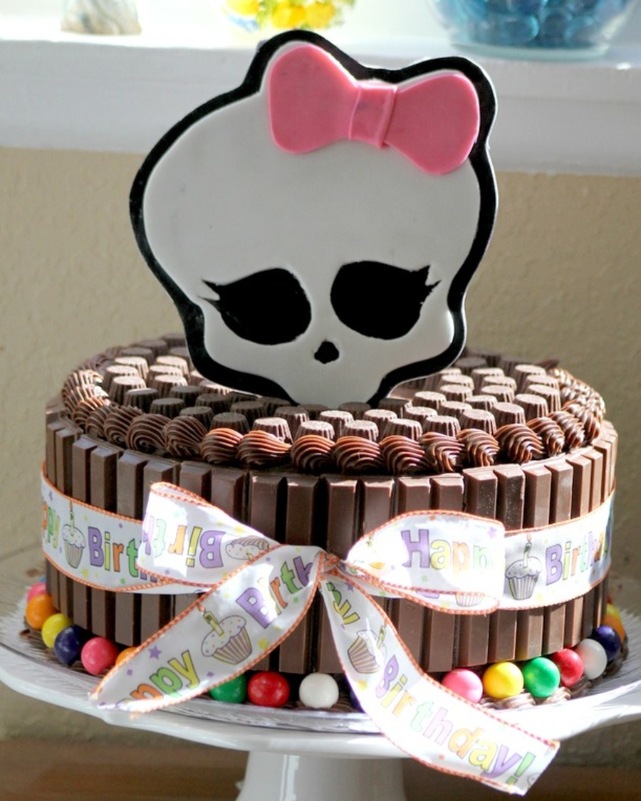 Monster High Cake The 8 Year Old Birthday Girl Wanted An All