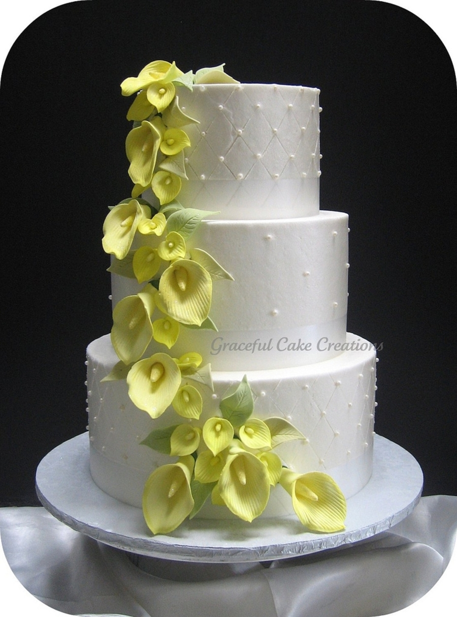 wedding cakes with roses and calla lilies yellow calla wedding cake cakecentral 26105