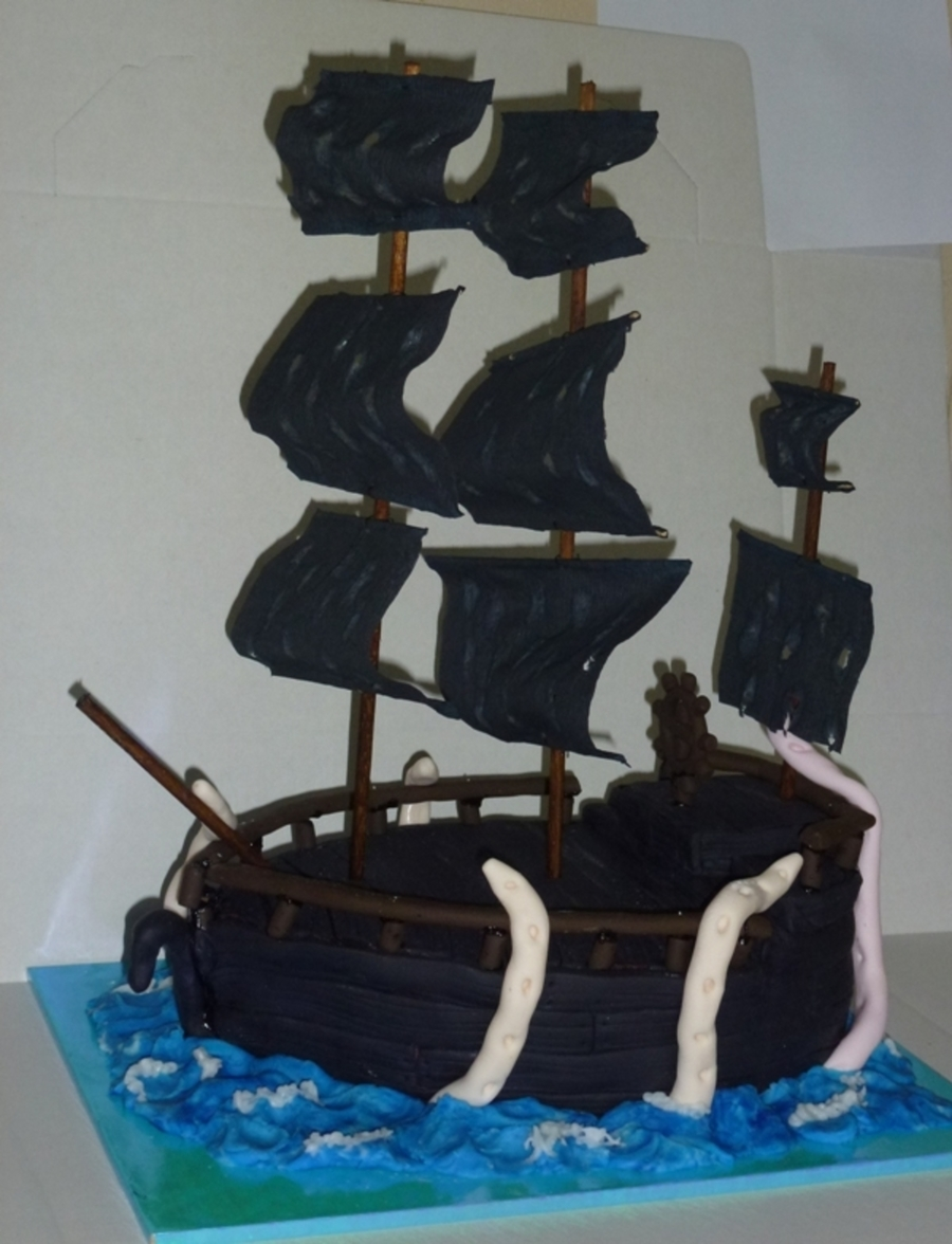 The Black Pearl on Cake Central