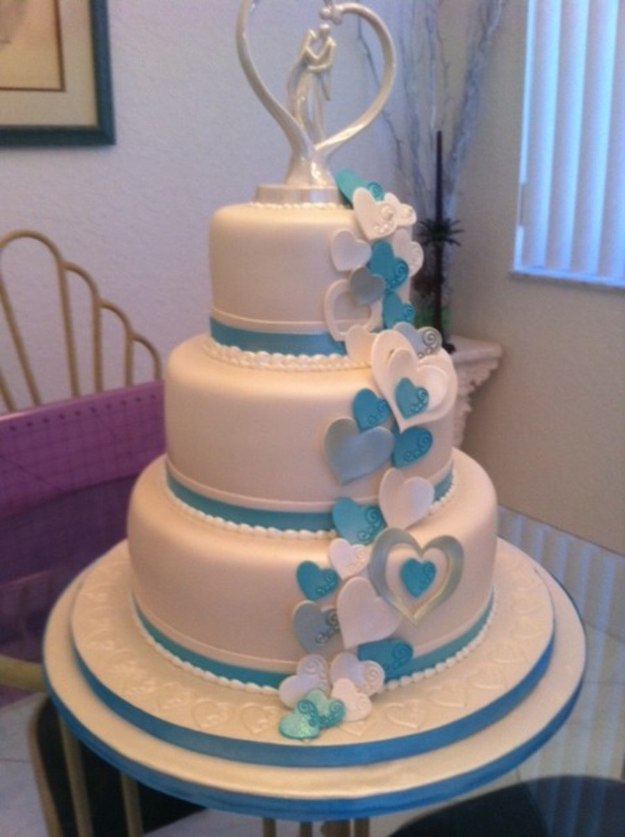 Cascading Hearts on Cake Central