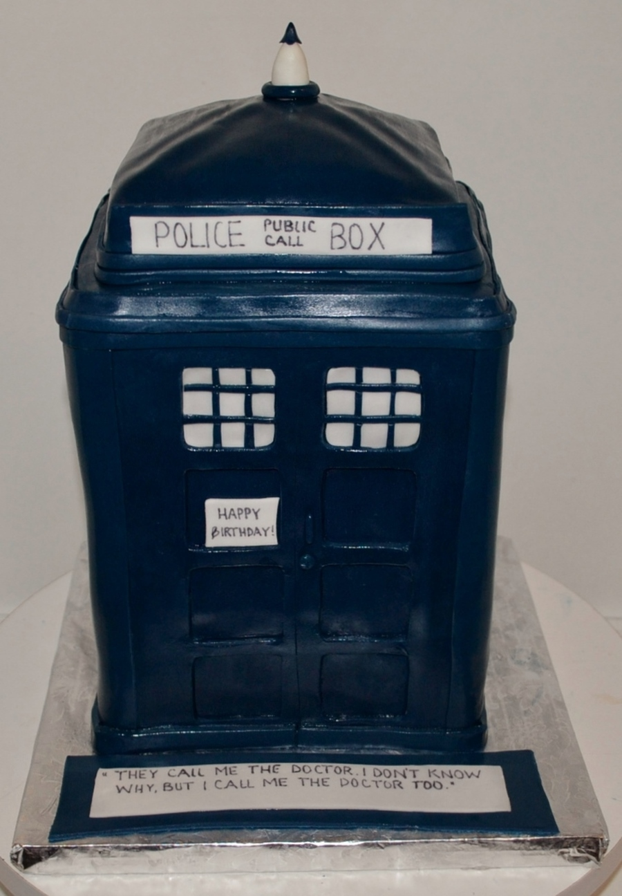 Dr. Who Tardis Police Box on Cake Central