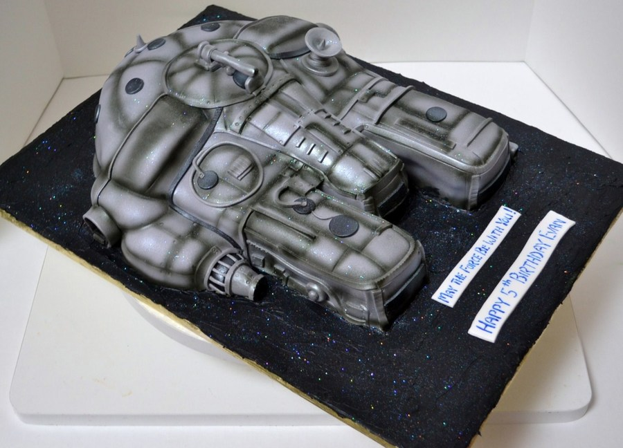 Millenium Falcon Star Wars on Cake Central