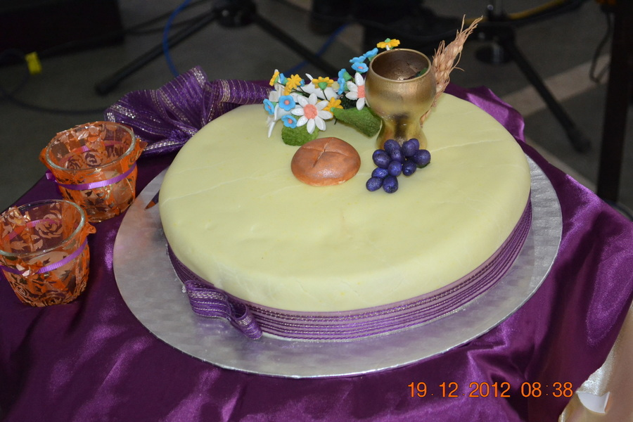 Traditional Fruit Cake With Marzipan And Fondant Icing on Cake Central