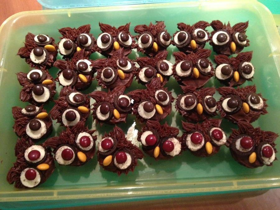 Mini Owl Cupcakes on Cake Central