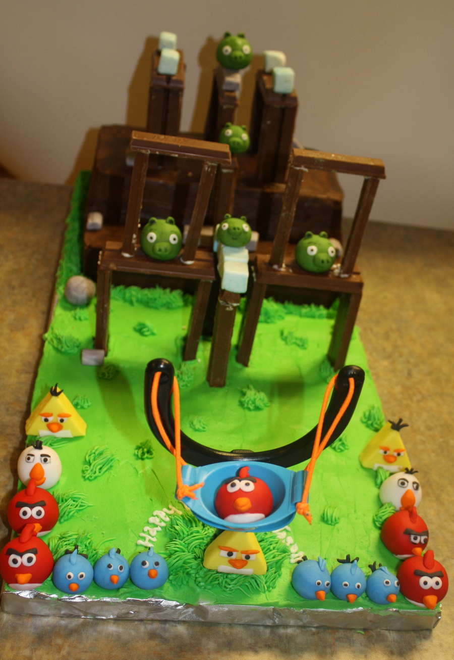 Playable Angry Birds Cake on Cake Central