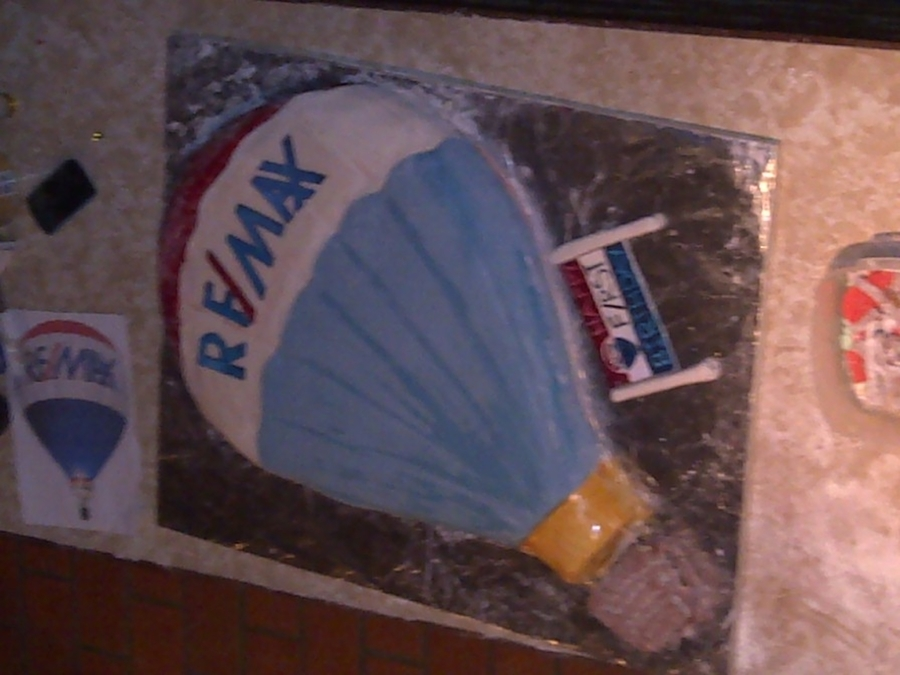 Remax on Cake Central