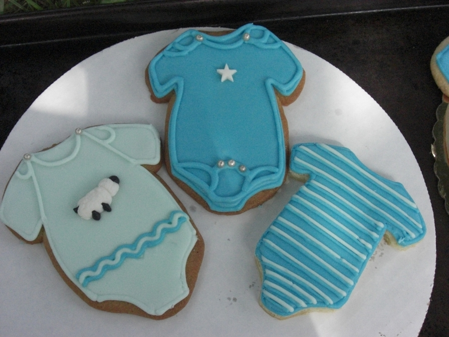 Onesie Baby Shower Cookies  on Cake Central