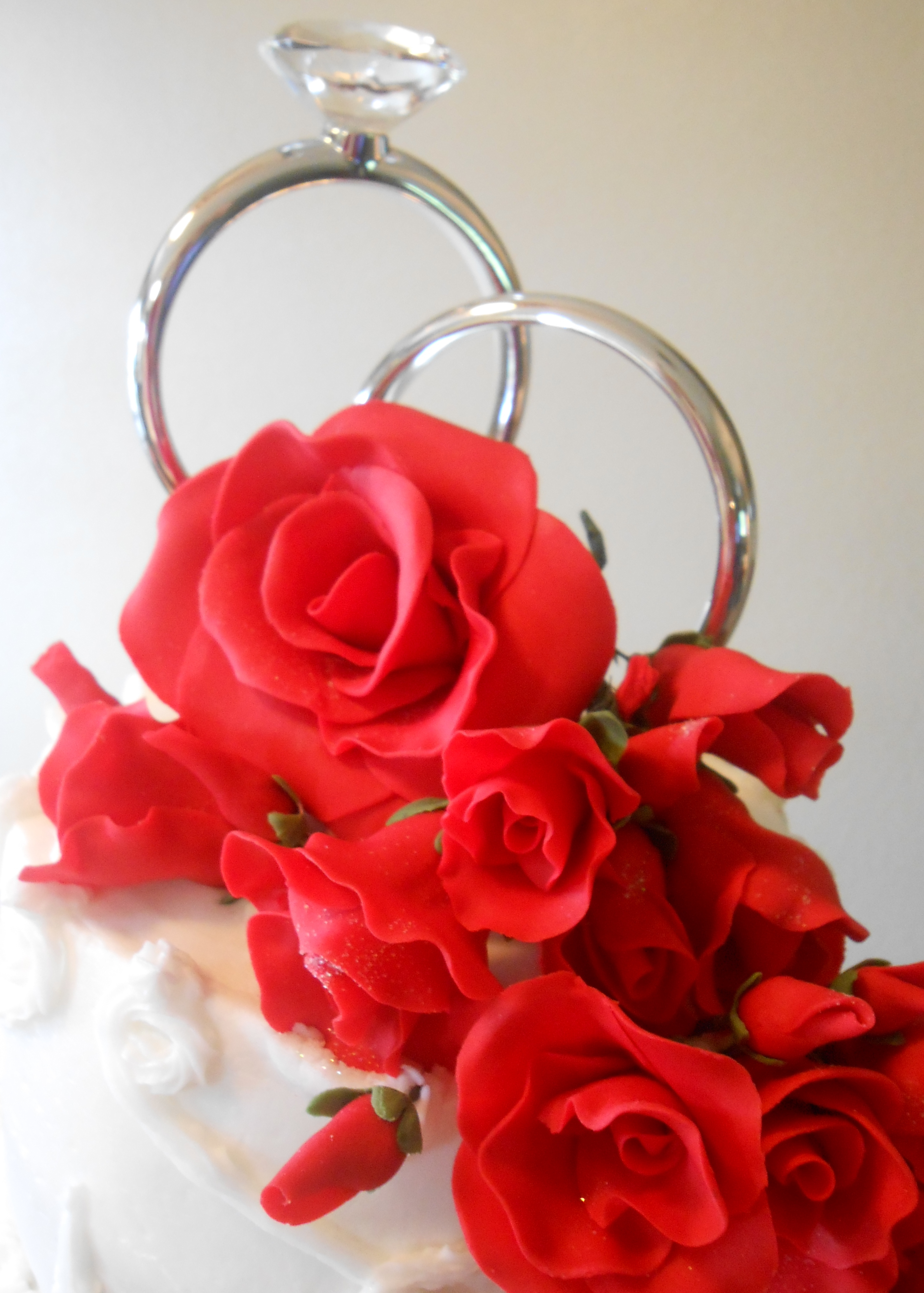 Red Roses Wedding Cake All Fondant Gumpaste Was White Vanilla With Fresh Strawberry Filling And Simple Buttercream
