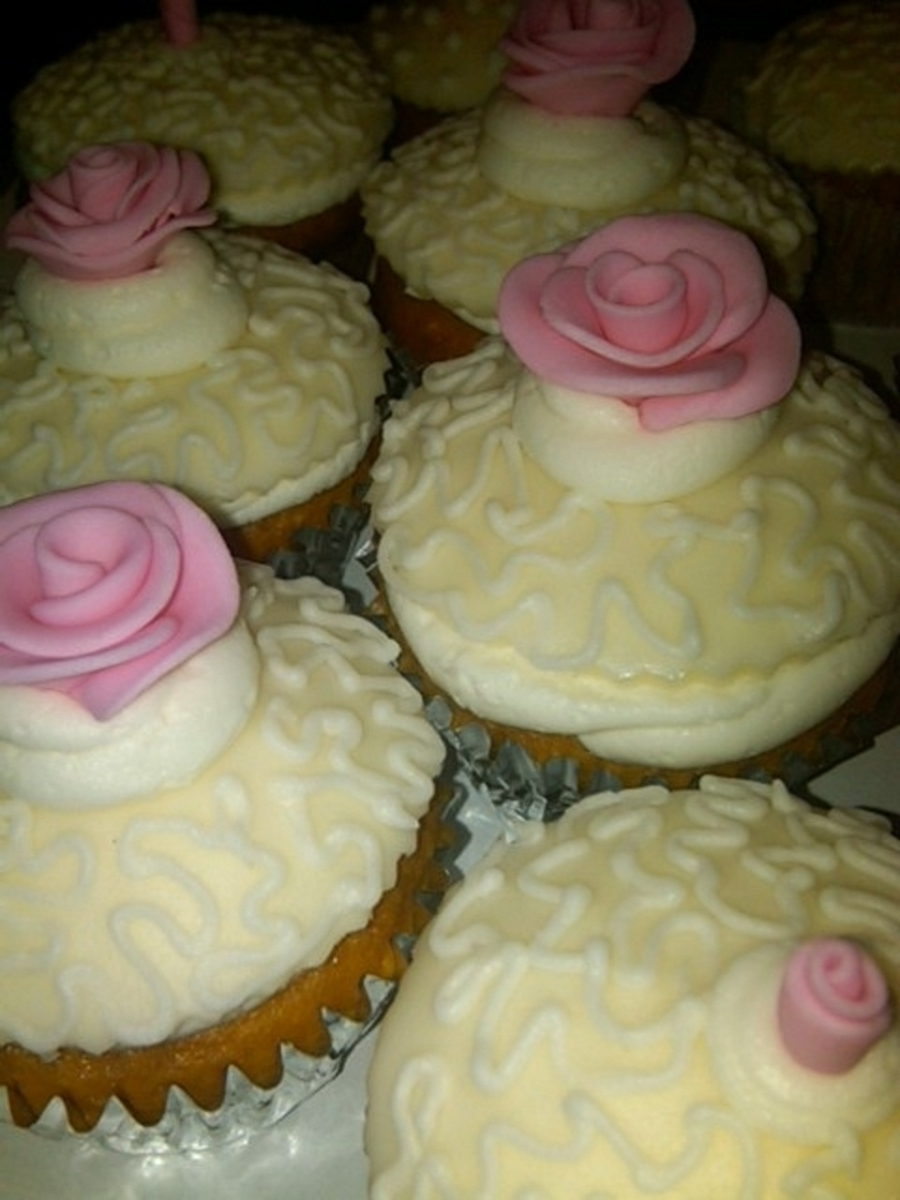 Raspberry Rose Cupcakes on Cake Central