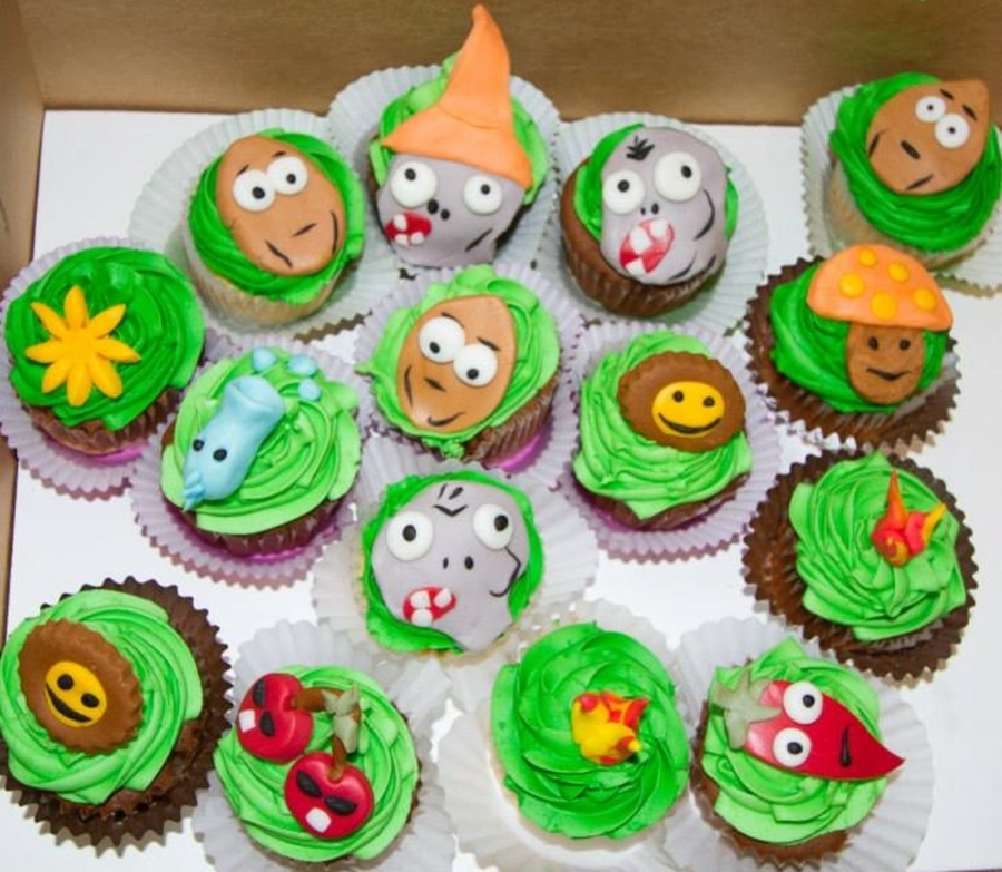 Plants Vs Zombies 2 Cupcakes  on Cake Central