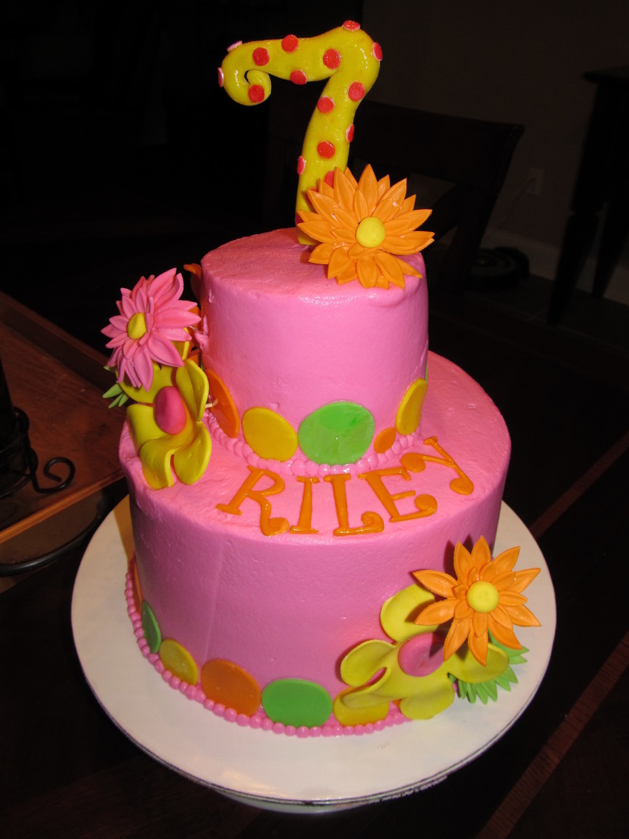 Funky Flowers And Dots on Cake Central
