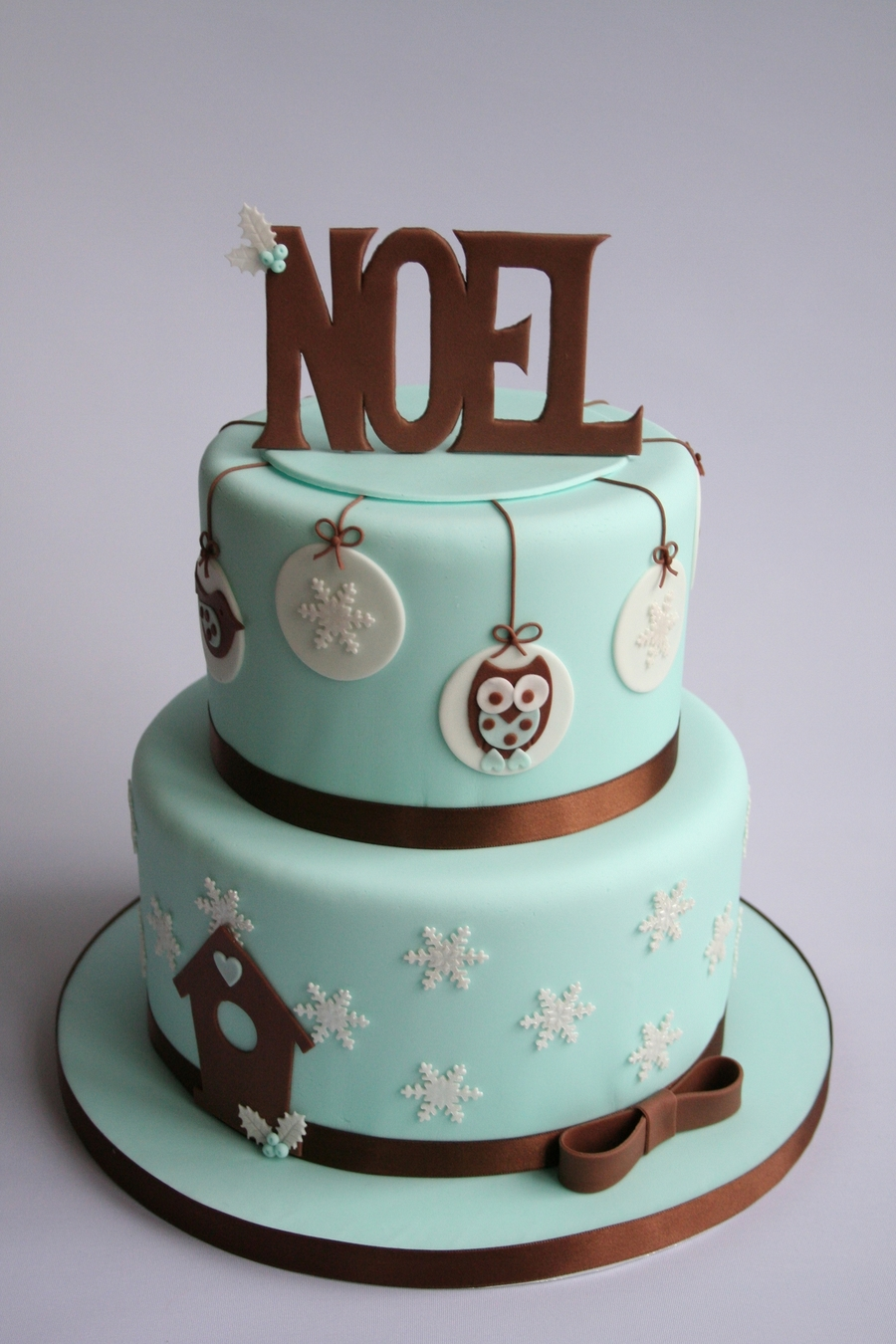 No?lle With Owl on Cake Central