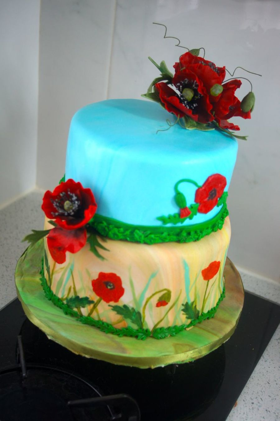 Cake With Gumpaste Poppies Cakecentral