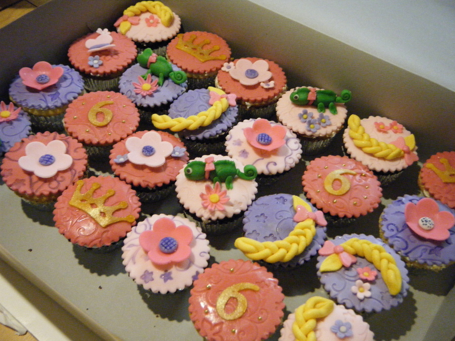 Tangled Cakes And Cupcakes