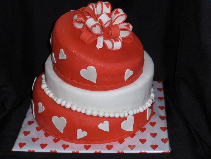 A Topsy Turvy Love -Cake For Our Family Party At Valentines Day on Cake Central