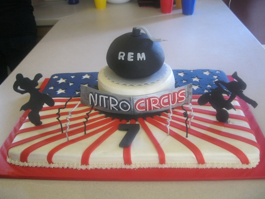 Rem's Nitro Circus Cake on Cake Central