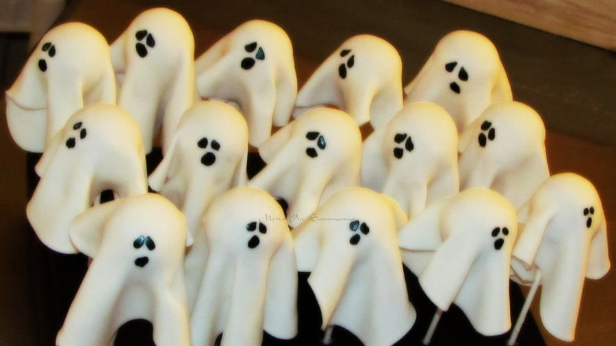 Ghost Pops on Cake Central