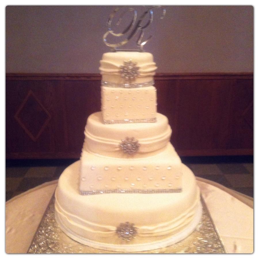 Square And Round Wedding Cake - CakeCentral.com