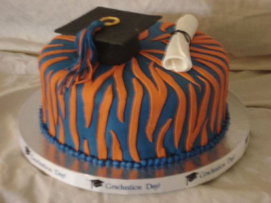 Auburn Graduation Cakecentral Com