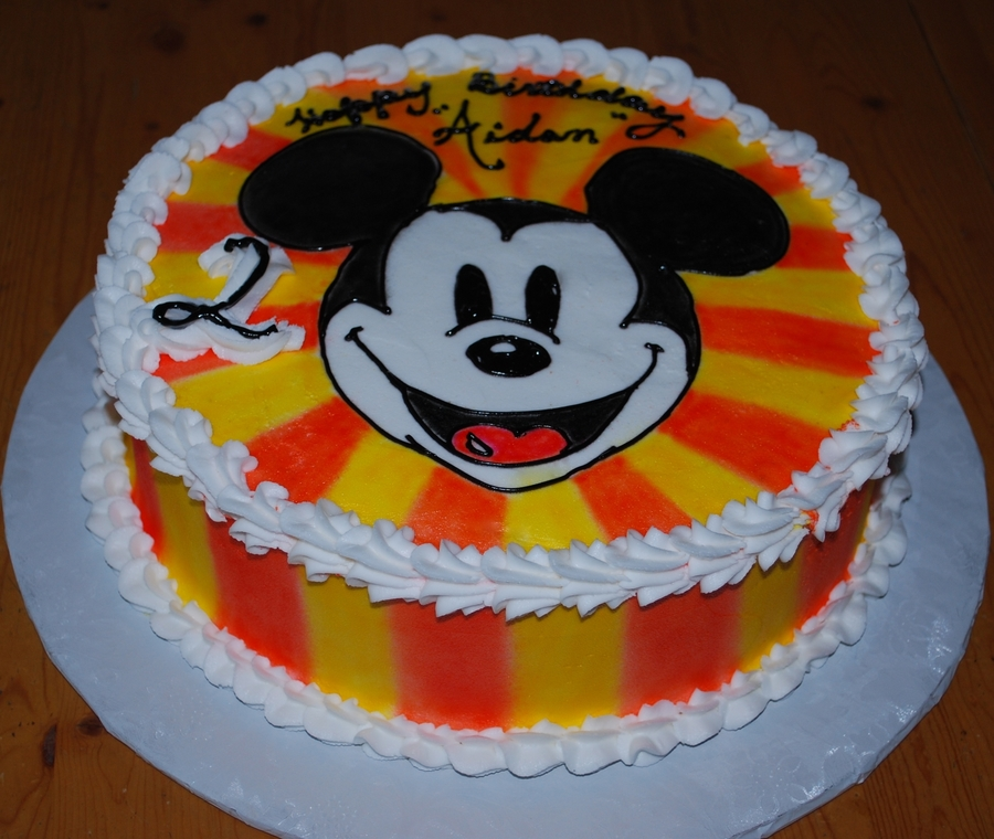 Yeah Mickey!!! on Cake Central