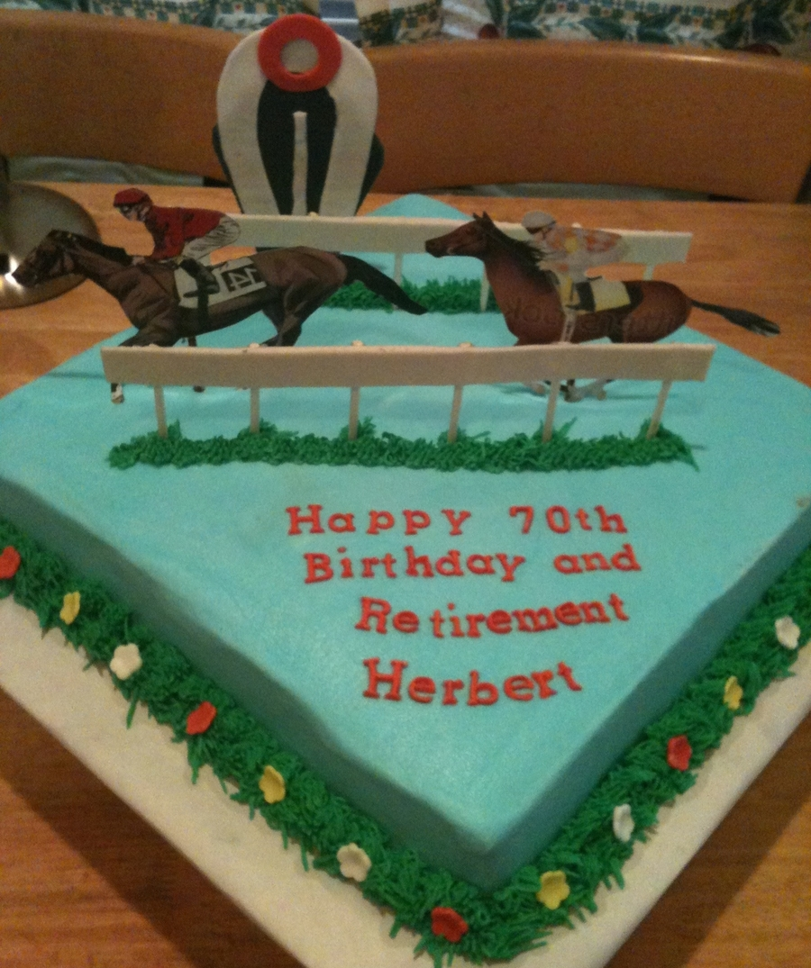 Horse Racing Track on Cake Central