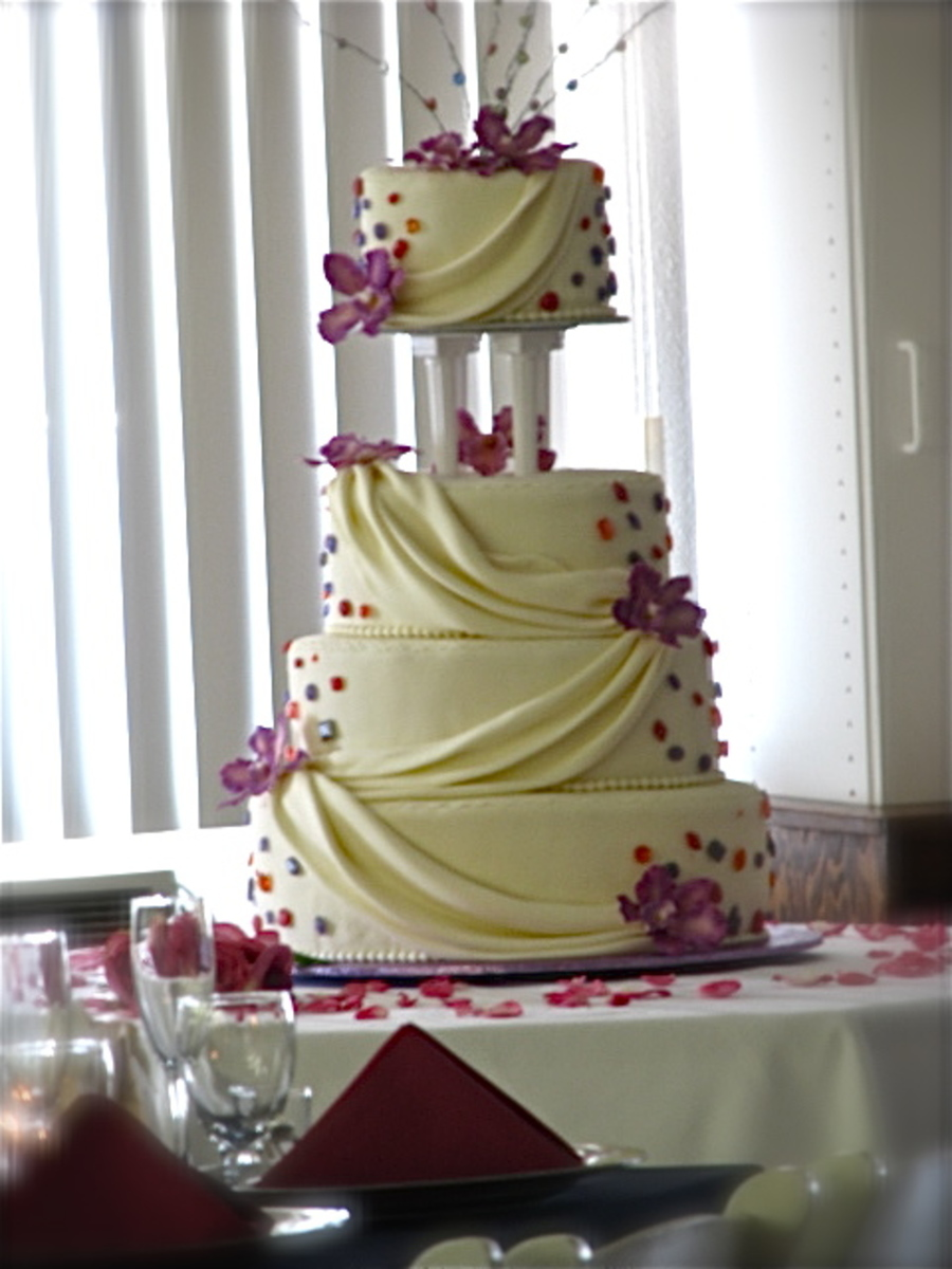 oval wedding cakes oval wedding cake cakecentral 18097