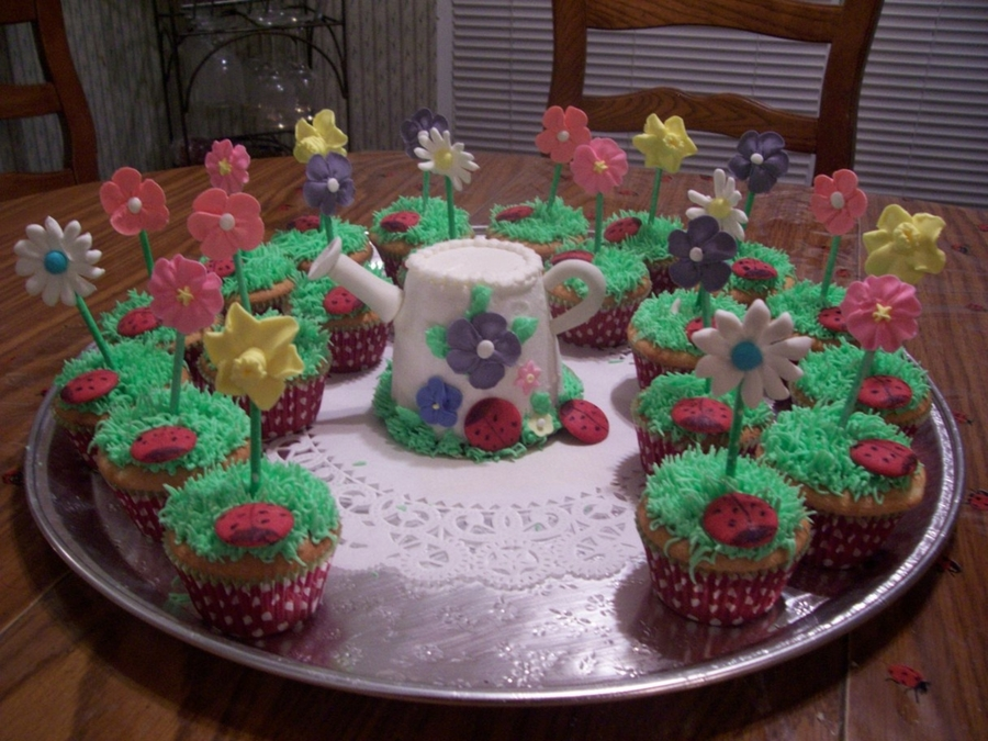 Flower Pot Cupcakes on Cake Central