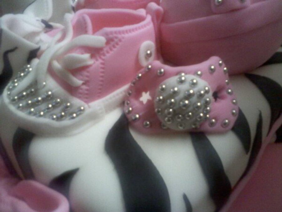 7319d23f3d90 Bling Bling Baby Shower Cake. - CakeCentral.com