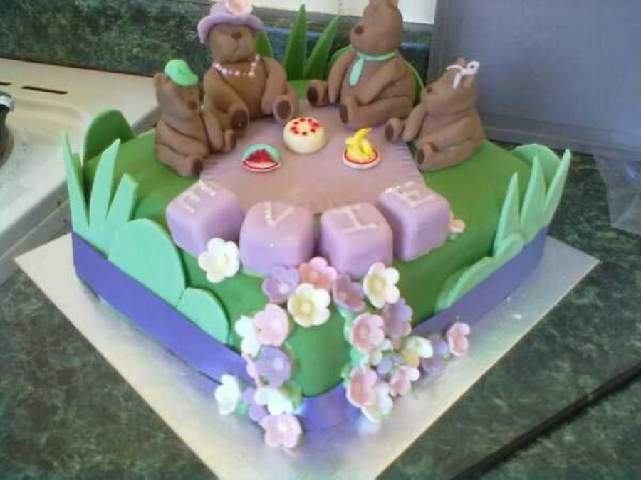 Teddy Bears Picnic on Cake Central