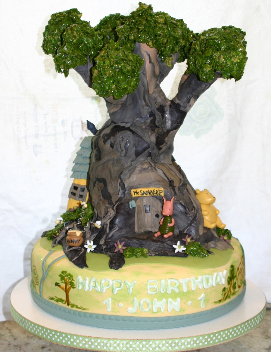 Pooh S Tree House 1st Birthday Cake Cakecentral Com