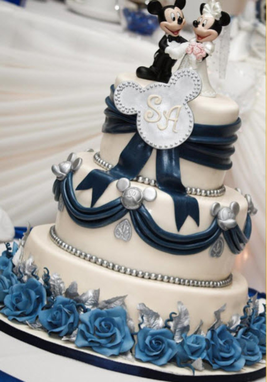 Mickey Mouse Theme Wedding Cake - CakeCentral.com