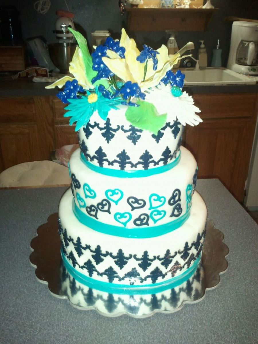 Black/white/aqua Wedding on Cake Central