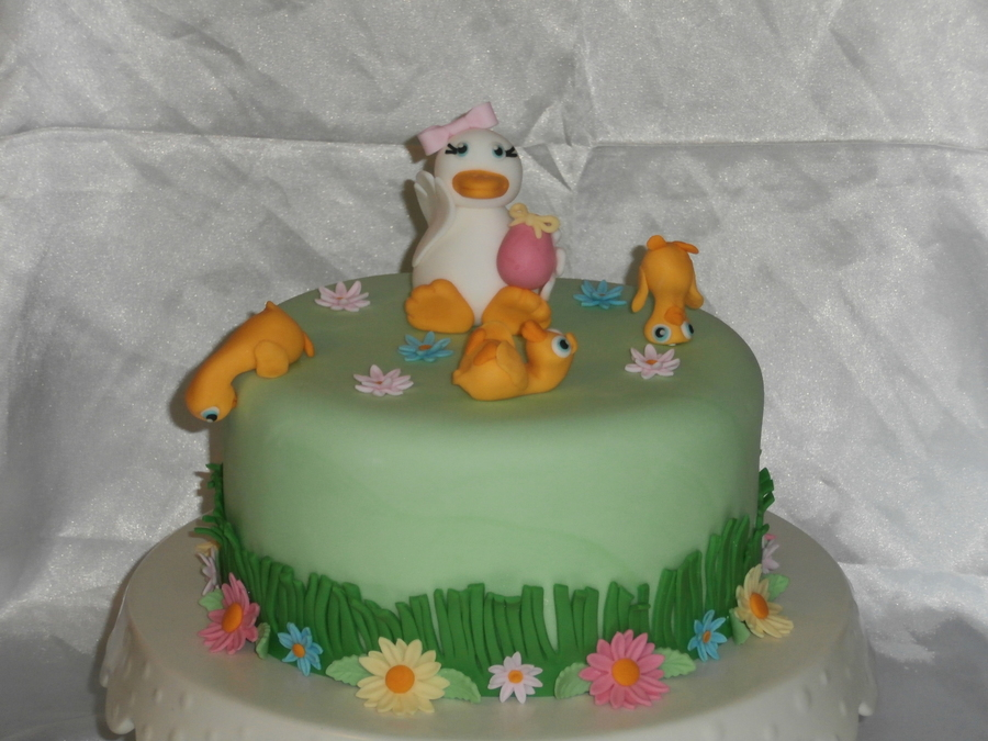 Mama Duck on Cake Central