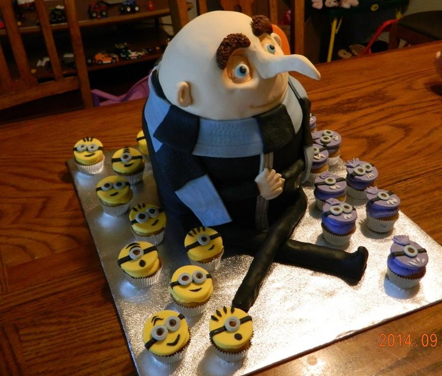 Gru With Yellow And Purple Minion Mini Cupcakes