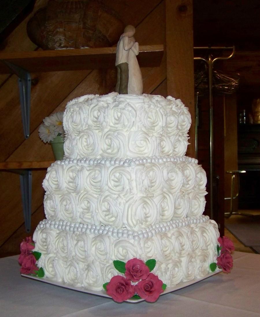 Roses Square Wedding Cake