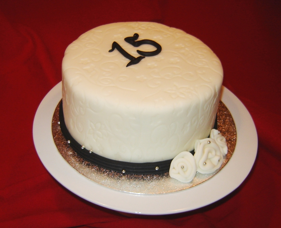 Sophisticated Th Birthday Cakes Pictures