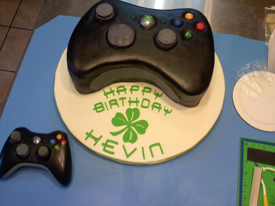 Black Xbox Controller on Cake Central