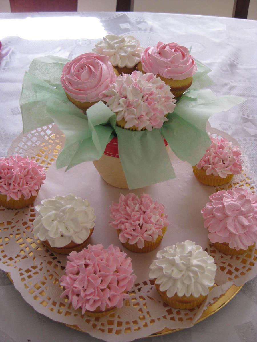 Spring Flower Cupcake - CakeCentral.com