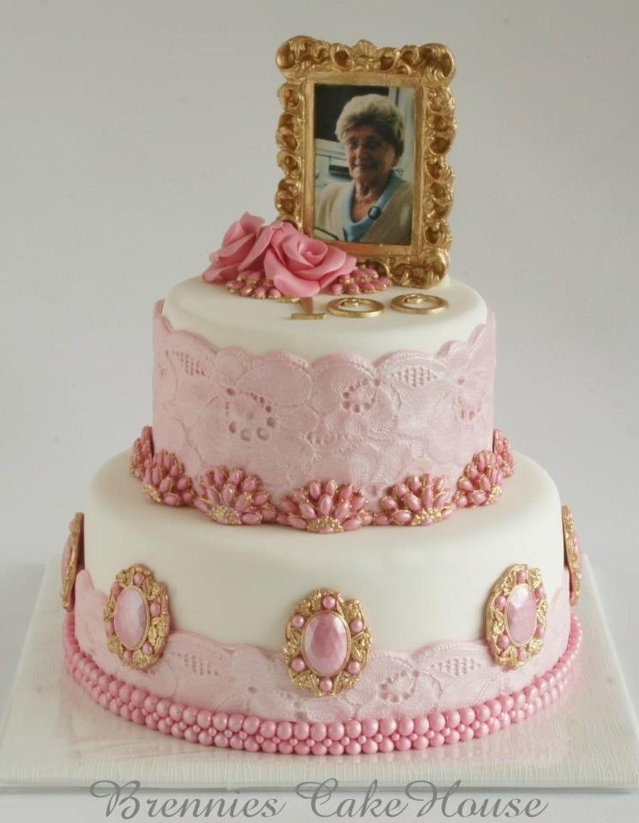 Th Birthday Cake Ideas For Grandma