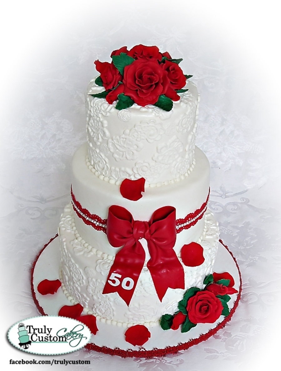 Red Roses And White Lace on Cake Central