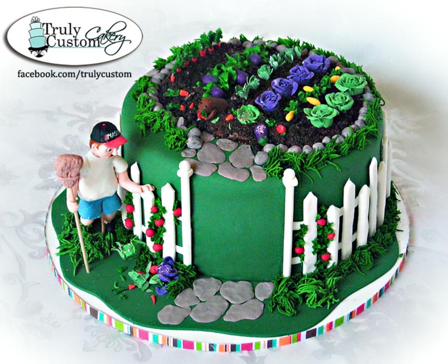 Vegetable Garden Cake With Groundhog - CakeCentral.com